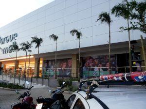 Shopping Mall Indaiatuba, Vitrines Adesivadas com Lona!