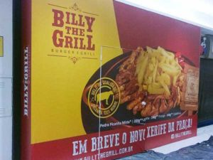Tapume adesivado Billy The Grill Shopping Pátio Paulista