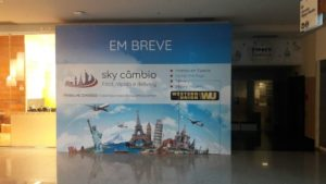 Adesivo Para Tapume Sky Câmbio Shopping Mooca